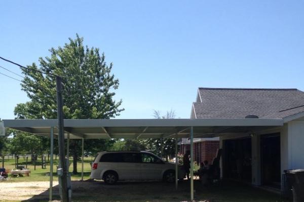 carport1549567DF7-4D99-9B17-5C23-0CCF0AD616DA.jpg